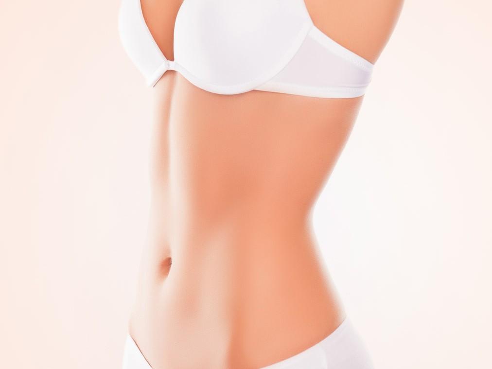 Liposuktion Bauchstraffung Fettabsaugung von Fettpölsterchen