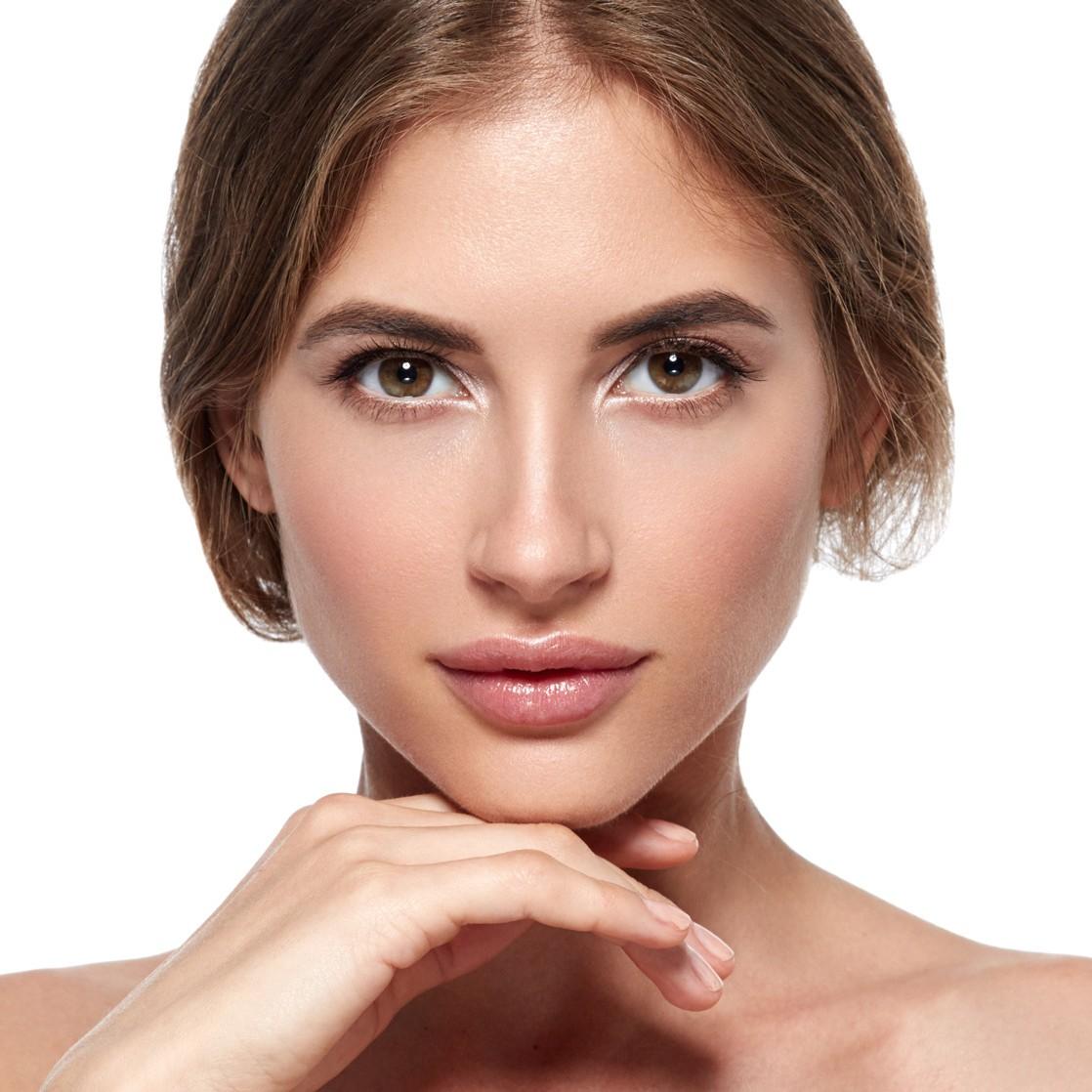 Lippenmodellierung und Lippenvergrößerung